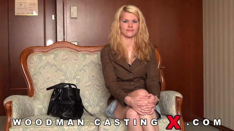 Delphine - Casting