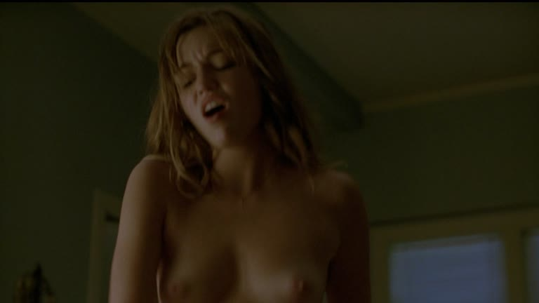 Lili Simmons (American Model And Actress) - Sex Scenes In
