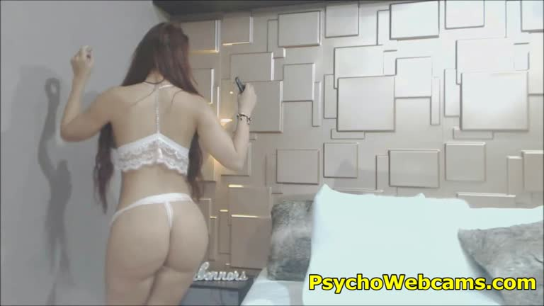Hottie In White Lingerie First Cam Show