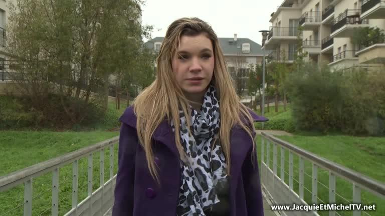 Solène Jeune Salope Se Fait Baiser Et Enculer Sous Un Pont!
