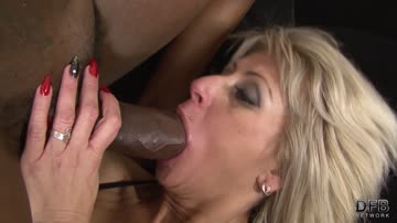 Cathie Blonde Cougar Interracial Threesome Fuck