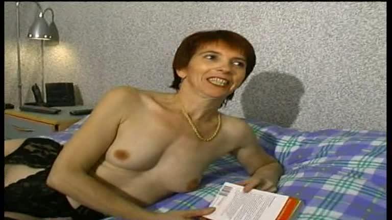 Patricia Couguar Salope Veut De L'anal!