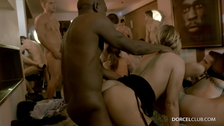 Anna Polina, Marie Clarence, Mya Lorenn - 10 Hot Girls In A Huge Masked Orgy