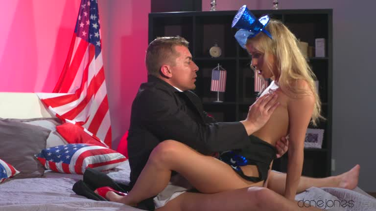 Cayla Lyons - Porn On The Fourth Of July