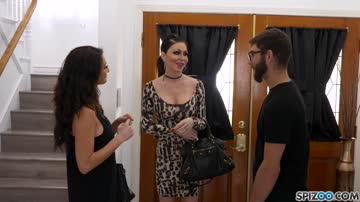 Jessica Jaymes And Silvia Saige Renting At Air B.B.-Bang