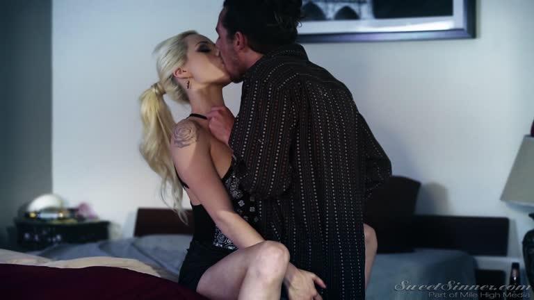Elsa Jean, Hot Blonde, Pornstar