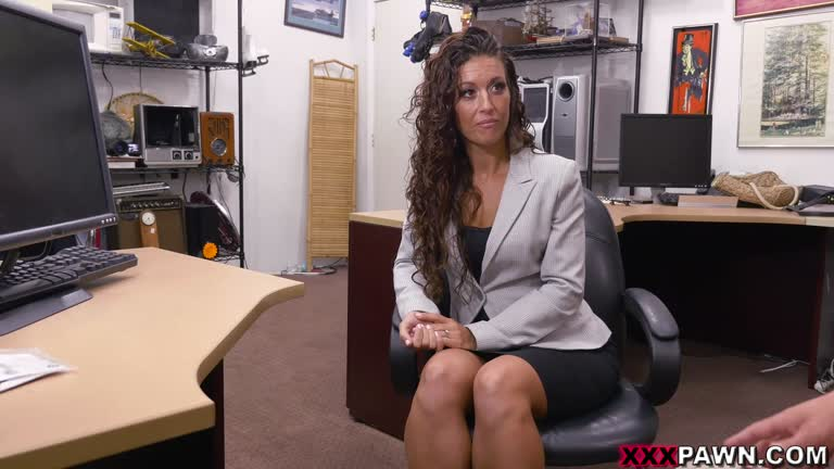 Victoria Banxxx - SexTrade For A Laptop