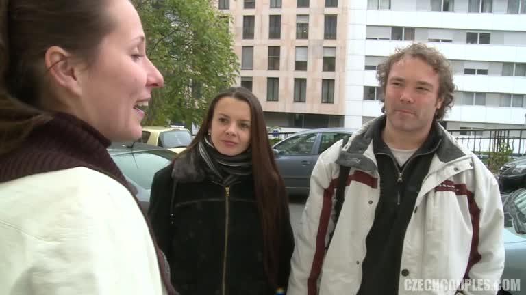 Czech Amateur Couples Public Sex Video5
