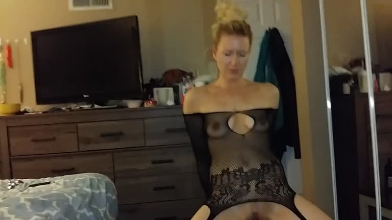 Big Titty Dildo Ride Solo