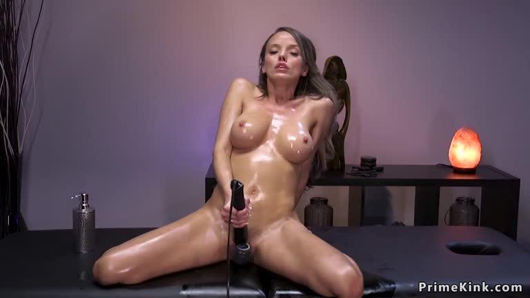 Big Tits Fuck Machine Squirt