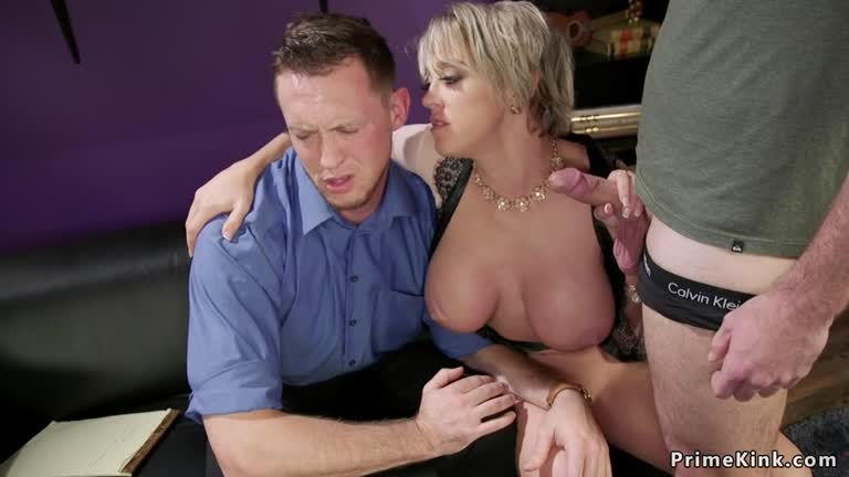 Milf Anal Rimming Threesome