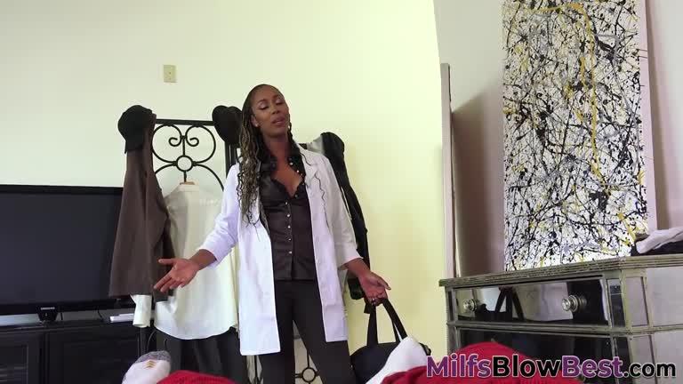 Hood Ebony Sucking Dick