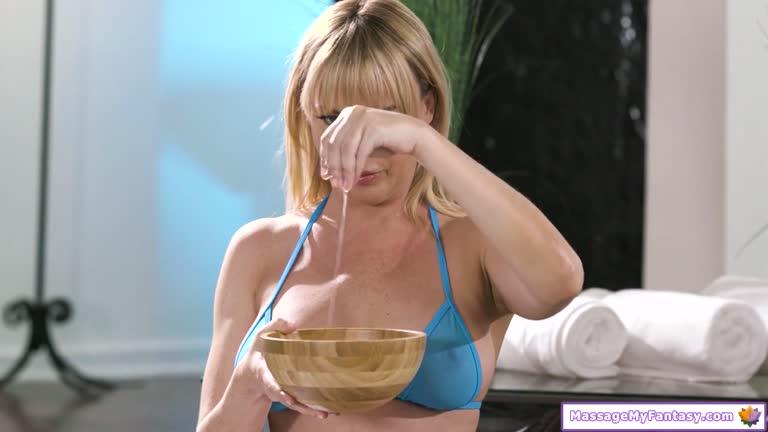 Skinny Teen Big Tits Blowjob