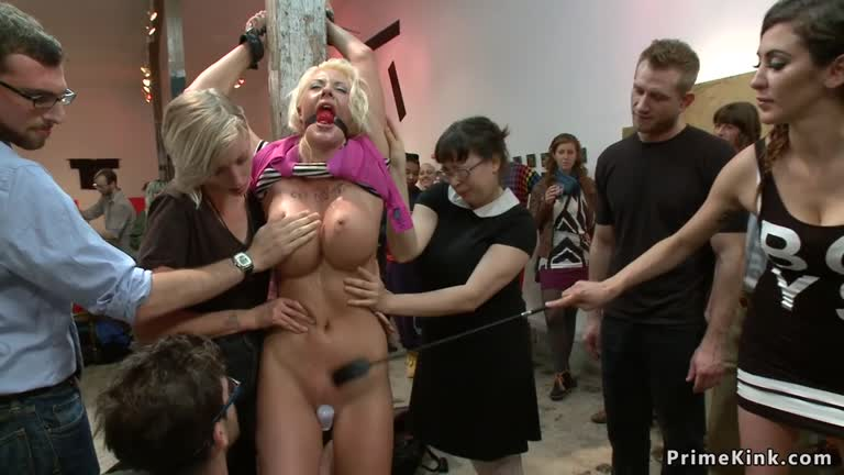 Amateur Big Tits Public